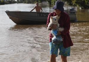 Число жертв наводнения в Австралии возросло до 15 человек