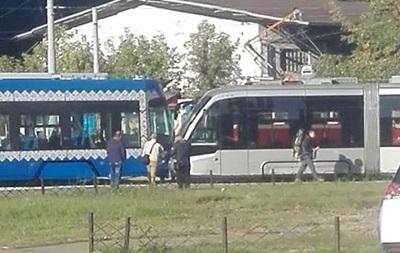 У Києві зіткнулися два трамваї