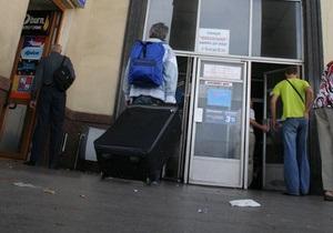 Черновецкий запретил закрывать вторые выходы станций киевского метро