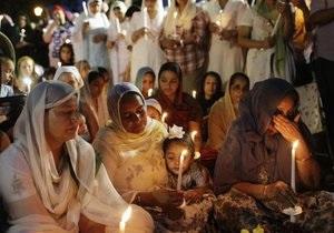 В американском городе Оук-Крик простились с жертвами расстрела в сикхском храме