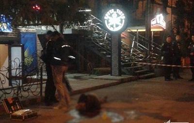 В Кривом Роге возле лотереи зарезали мужчину