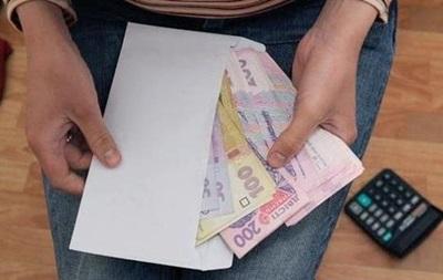 В Україні кожен четвертий працівник отримує зарплату в  конверті