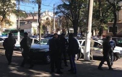 В Одесі з пістолета поранили перехожого