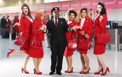 Британська авіакомпанія здійснить перший в історії ЛГБТ-рейс
