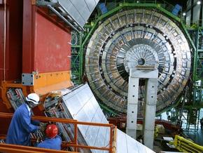 Специалисты CERN завершают ремонт Большого адронного коллайдера