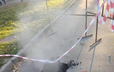 У Києві вдруге за день прорвало трубу з гарячою водою