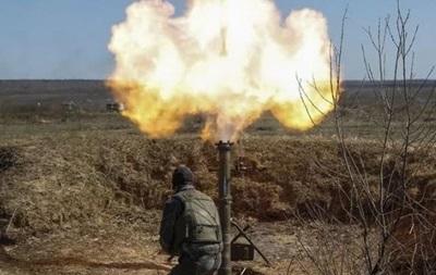 Вдень сепаратисти стріляли на Донбасі з заборонених мінометів