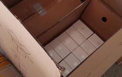 На кордоні затримали понад три тисячі мобільних телефонів
