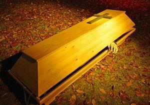 Башкирских наркоманов лечили, заколачивая в гробы
