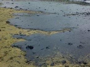 Во Львовской области 2 тонны дизтоплива вытекло на почву