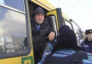 В киевской маршрутке милиционер расстрелял двух хулиганов