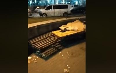 У Києві націоналісти розігнали циганський табір