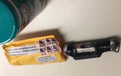 В офисе CNN нашли бомбу и конверт с белым порошком