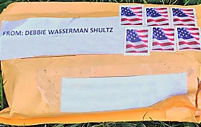 В США заявили о еще двух подозрительных посылках члену Конгресса