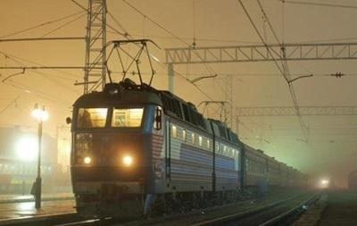 Во Львовской области поезд сбил школьницу