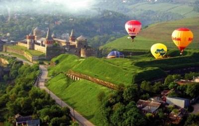 Торік туристи привезли в Україну $1,2 млрд
