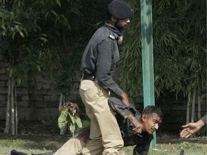 К захвату тренировочного центра в Лахоре может быть причастен Талибан - МВД Пакистана