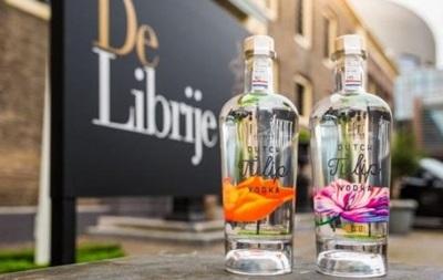 У Голландії випустили горілку з тюльпанів