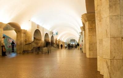 Взрывчатку на станции метро Майдан Незалежности не нашли