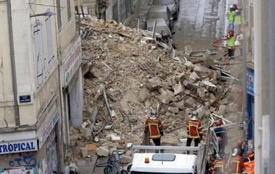 Під завалами будинків у Марселі можуть бути до восьми осіб