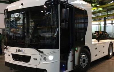 В Украине создали первый электрический грузовик