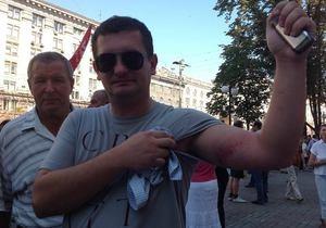 Оппозиция - новости Киева - Киевсовет - Оппозиция заявляет об избиении Беркутом народных избранников, один нардеп госпитализирован