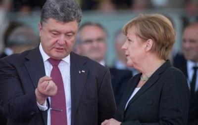 Порошенко обговорить з Меркель ситуацію в Азовському морі