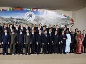 Второй день саммита G8 завершился совместным ужином