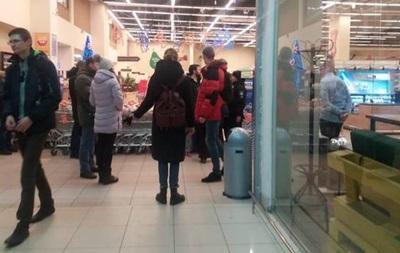 В Киеве  заминировали  сеть супермаркетов