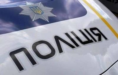 Поліцейські на Прикарпатті ганялися за озброєним і п яним чиновником