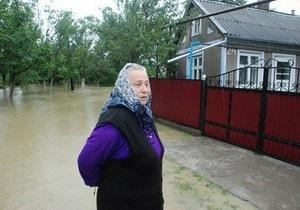 Главный санврач Украины призвал жителей подтопленных регионов не пить воду из колодцев