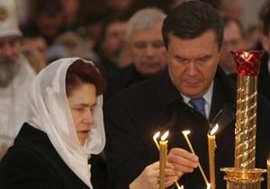 Газета Сегодня узнала, где отстоят Всенощную Янукович и Тимошенко. В церковь пойдет даже лидер КПУ