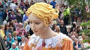 Кукла леди Годивы отправится в Лондон