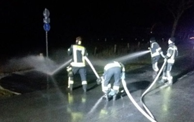 В Германии на дорогу вылилось 15 тысяч литров молока