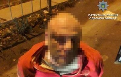 В Одессе пьяный таксист пытался ограбить пассажирку