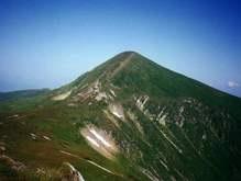 На горе Говерла альпинисты МинЧС нашли 3 заблудившихся киевлян