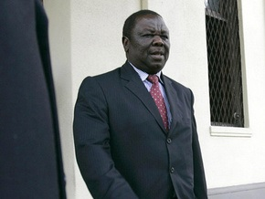 Премьер Зимбабве с супругой попали в ДТП