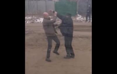 В Николаеве водитель маршрутки избил пассажира из-за замечания