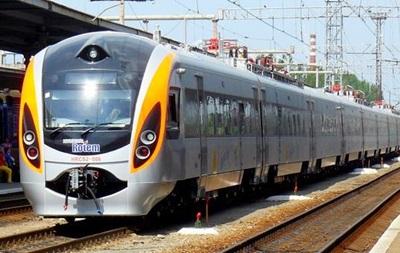 В Україні почав курсувати новий поїзд до Польщі