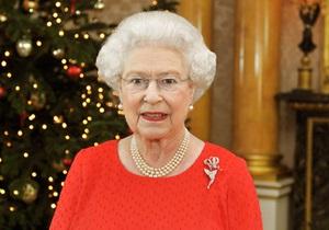 Королева Великобритании на Рождество обратится к нации в формате 3D