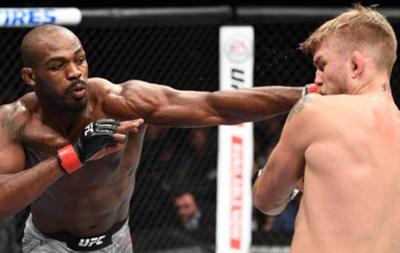 Джонс нокаутировал Густафссона и снова стал чемпионом UFC