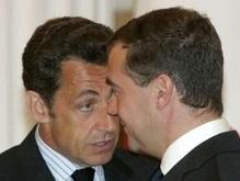 Медведев пообещал Саркози вывести войска из Грузии к 22 августа