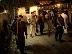 В Пакистане взорвали полицейский участок: три человека погибли