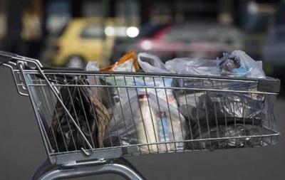 Молдова заборонила пластикові пакети