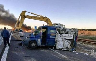 В Италии с помощью экскаваторов у инкассаторов украли 2,3 млн евро