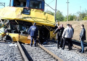 Авария в Днепропетровской области: Источник в СБУ сообщил, что автобус застрял на ж/д переезде