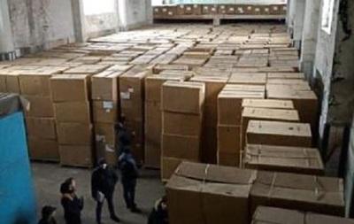 У Дніпропетровській області вилучили мільйони пачок сигарет