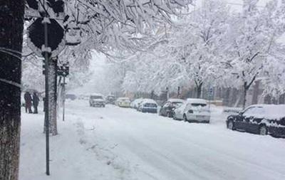 От аномального снегопада в Европе погибли более 20 человек