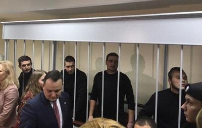 У РФ залишили під арештом 20 українських моряків