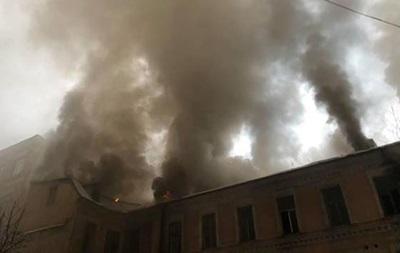 Пожежу в центрі Києва локалізували